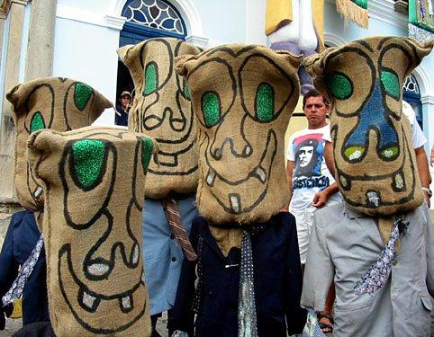 BCN FOLIA: Conheça a história dos Caiporas, simbolo da folia em Pesqueira.
