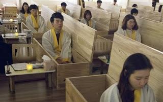 Ngeri! Tingkat Kematian Tinggi, Terapi 'Kematian' untuk Tangani Depresi Popular di Korea