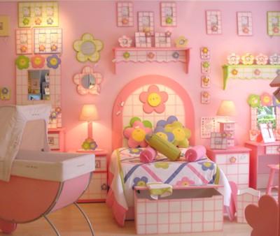 Dormitorio infantil con flores by for Decoracion de dormitorios infantiles de nina