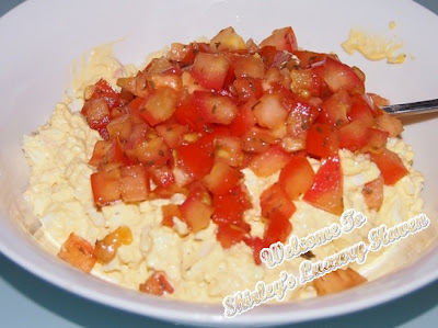 cooking with egg mayonnaise, tomatoes