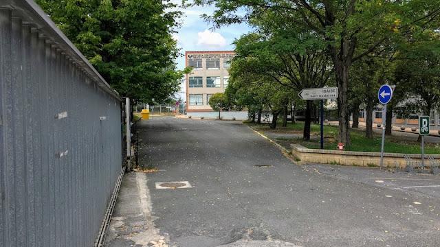 Edificio de la Escuela de Minas, en Beurko