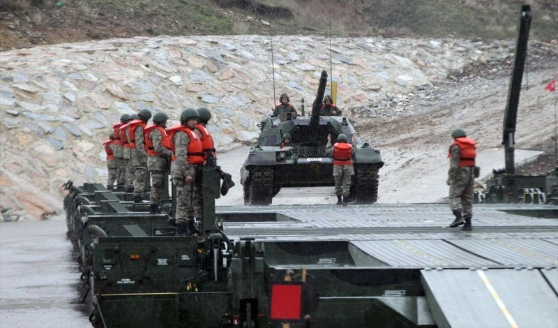 "Fake news: ""Τουρκικά άρματα πέρασαν τα σύνορα στον Έβρο στο πλαίσιο άσκησης"""