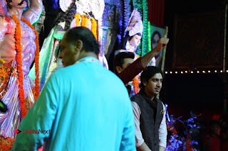 Ranbir Kapoor & Kajol Visits North Mumbai Durga Pooja 2016  0023
