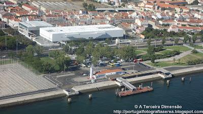 Lisboa - Belém - Estação Fluvial de Belém e o novo Museu dos Coches