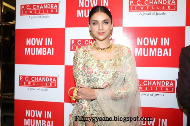 aditi rao hydari at pc chandra jewelers pic