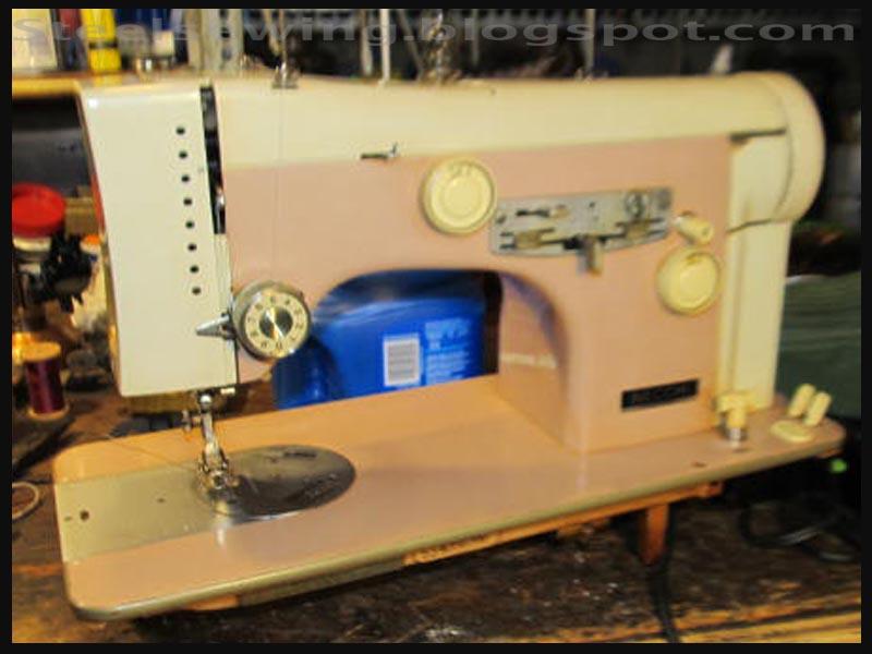Steel Sewing: Un sacco di cucito (A bag of sewing)