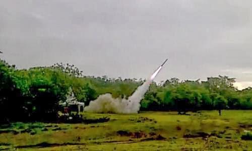 Uji coba roket Kemhan