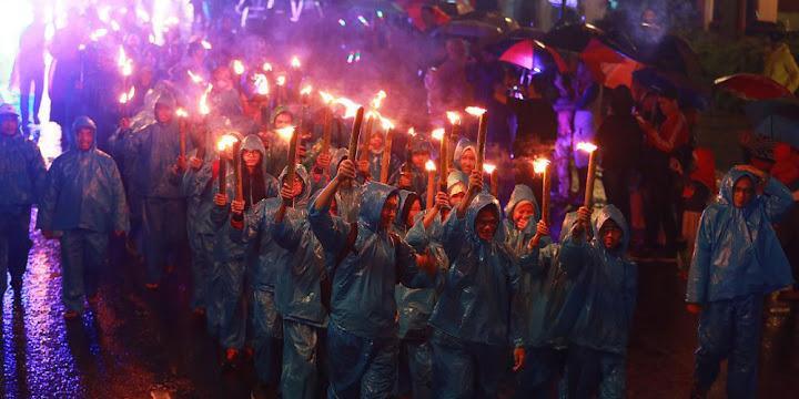 wisata kota bandung diiringi acara bandung light festival