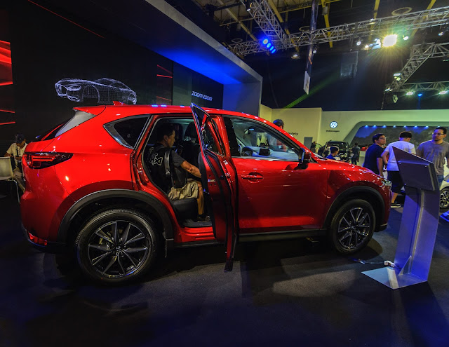 Mazda CX-5 Crossover Compact SUV Manila International Car Show 2017 World Trade Center Philippines #mias2017 #mazda #mazdacx5 #mazdacrossoversuv #mazdacx5suv2017