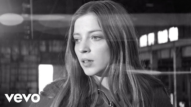 Jade Bird Unveils 'My Motto' Music Video