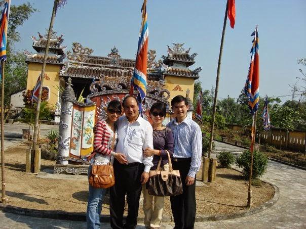 Từ biệt thự biển, nhà thờ họ đến khối tài sản khổng lồ của gia đình Phó Thủ tướng Nguyễn Xuân Phúc