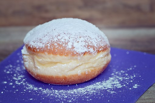 donut with sugar sprinkling