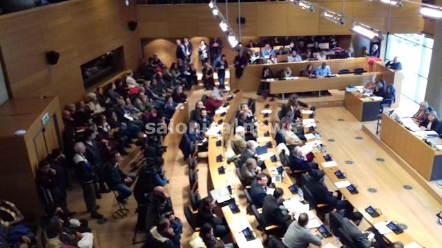 """""""Σύγκρουση"""" στο δημοτικό συμβούλιο για τις... συγκρούσεις στην πορεία για τον Γρηγορόπουλο"""