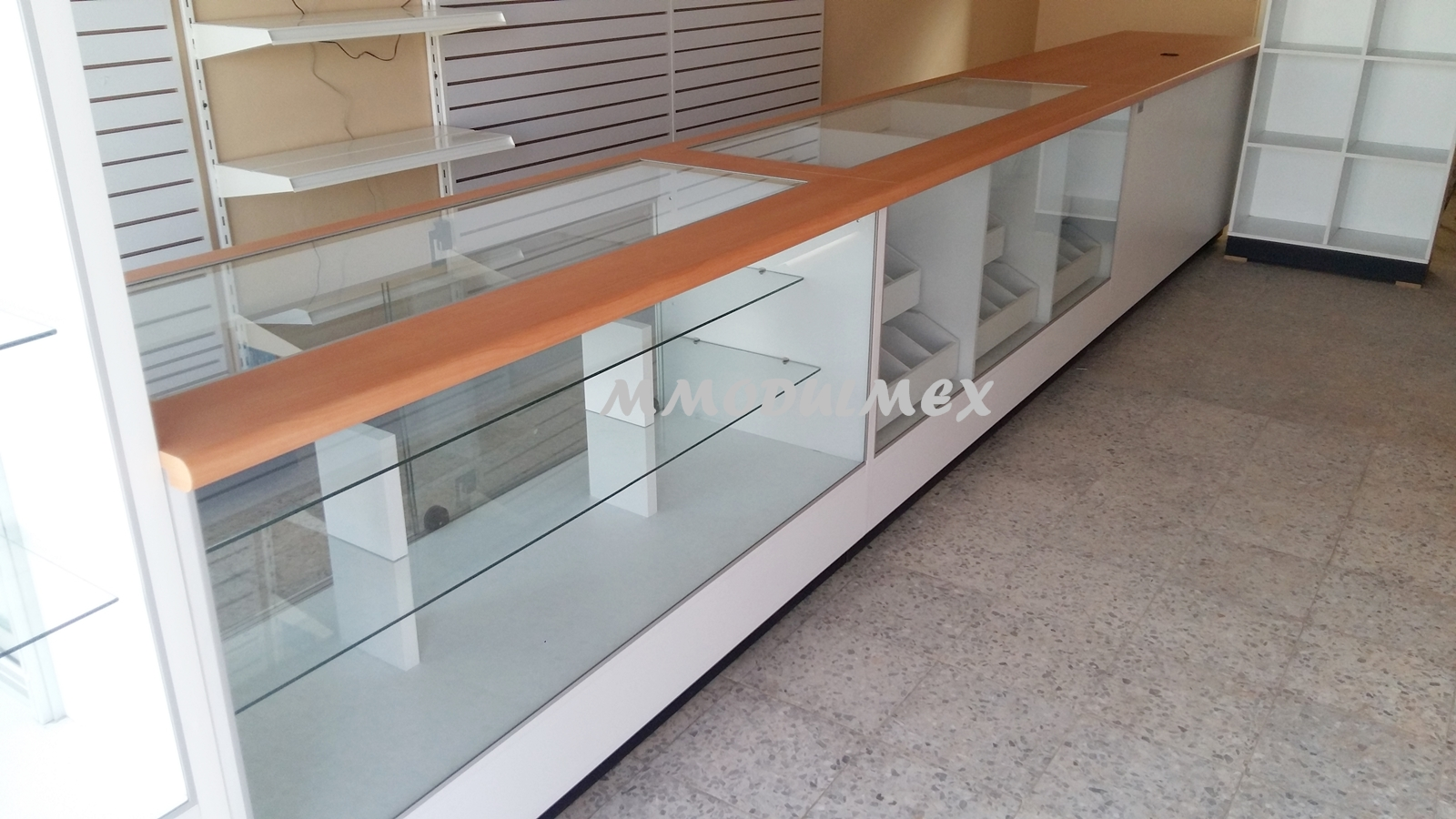 Muebles de tiendas muebles de oficinas y muebles sobre - Mostradores para oficinas ...