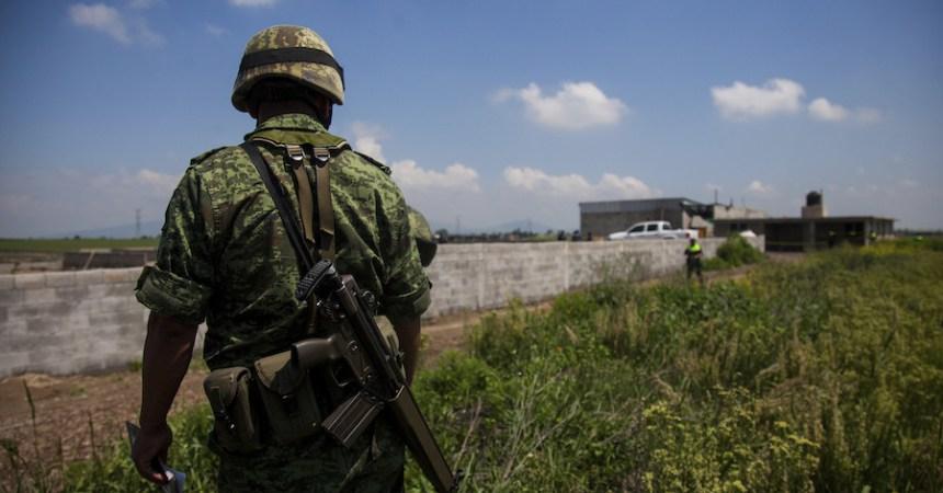 Teniente Carlos Omar Ledezma fue quien me torturó para aceptar que era colaborador de los Zetas: militar