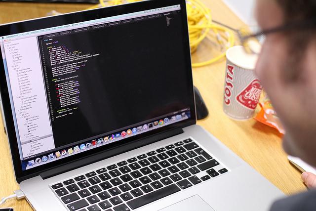 Kursus pemrograman online di Java, PHP, Python, dan C # dengan Udemy