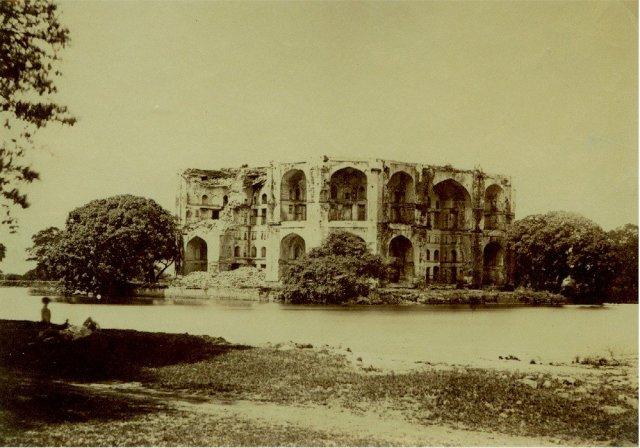 Unidentified Mughal Ruin - c1865