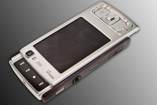 Nokia N95 Images