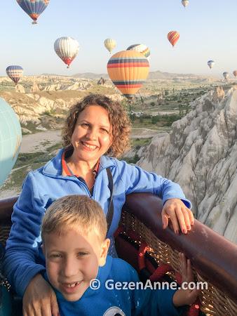 Oğlumla Kapadokya'da balon turu yaparken