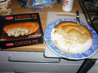 Ginsters chicken pie review