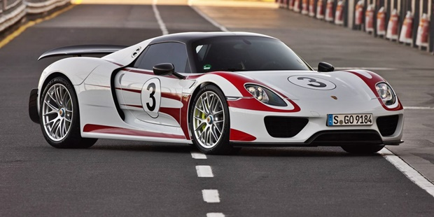 2018 Porsche 918 Spyder Design Concepts