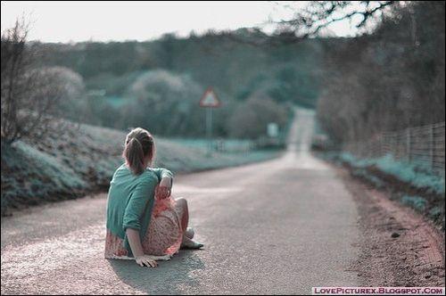Trend Love Good: Sad Alone Girls