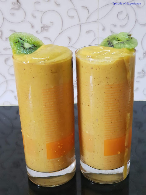 Kiwi fruit and fresh mango smoothie