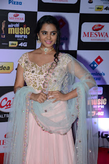 manasa at mirchi music awards 2016