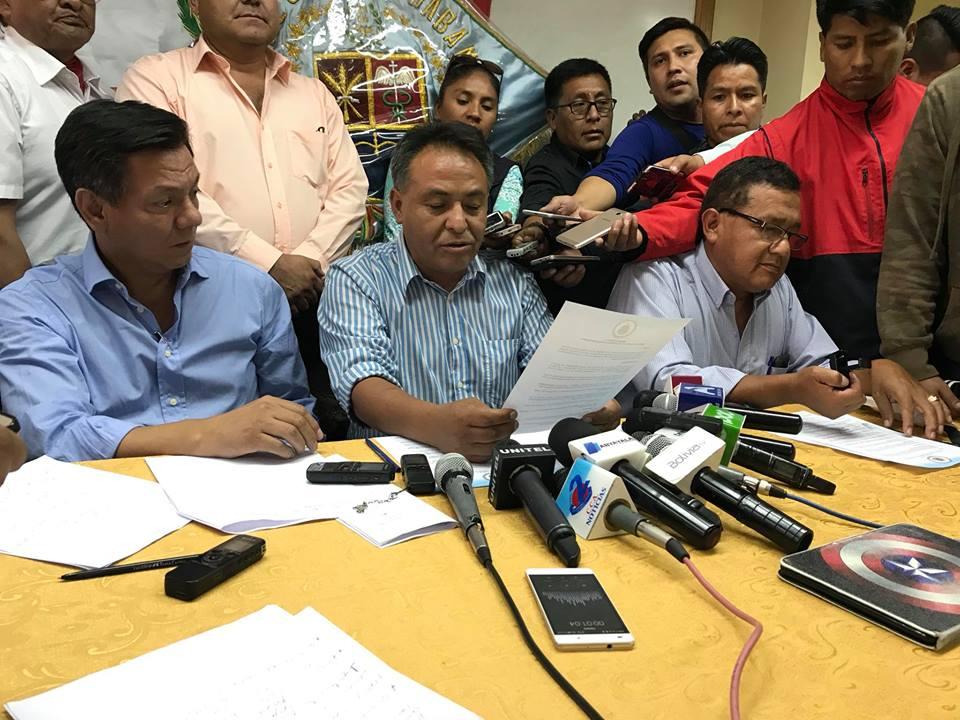 Cívicos de seis departamentos firmaron resolución para la movilización del 21F / LOS TIEMPOS