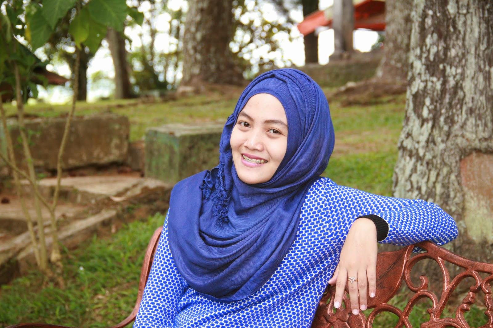6 tutorial hijab Cewek IGO Efrida Yanti segi empat praktis bahan paris 6 tutorial hijab Cewek IGO Efrida Yanti dasar cocok untuk pemula