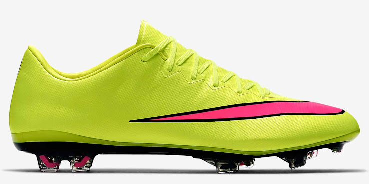 Volt   Pink Nike Mercurial Vapor X 2015 Boot Released - Footy Headlines 4a7c7bdab