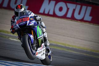 Lorenzo-Targetkan-Kado-Perpisahan-Terbaik-dengan-Yamaha