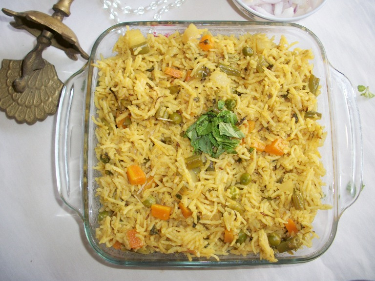 Spicy Vegetable Pilaf Recipe / Vegetable Pulav Recipe by