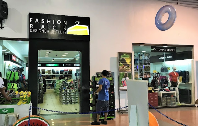 Manila shopper levi 39 s fashion rack nike factory outlet for United colors of benetton online shop outlet