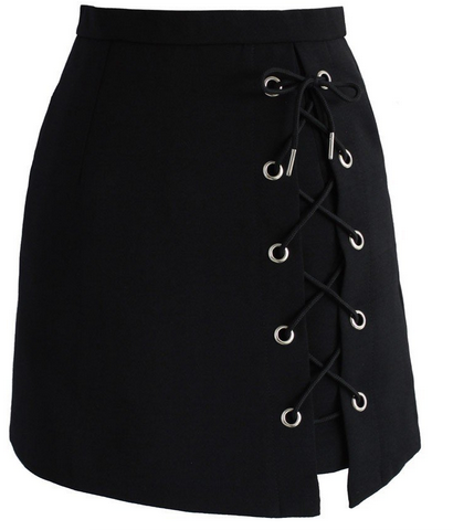 http://www.chicwish.com/stylish-tie-bud-skirt-in-black.html