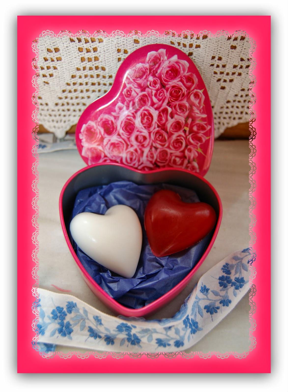Jabón-natural-de-glicerina-corazones-Chaladura-de-jabones