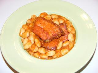 retete, mancare de fasole, iahnie de fasole, fasole scazuta, mancaruri cu carne, fasole boabe la ceaun, gastronomie, mancare romaneasca,