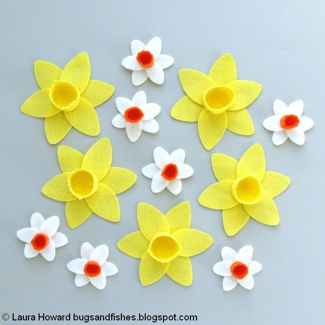 felt daffodils and narcissi