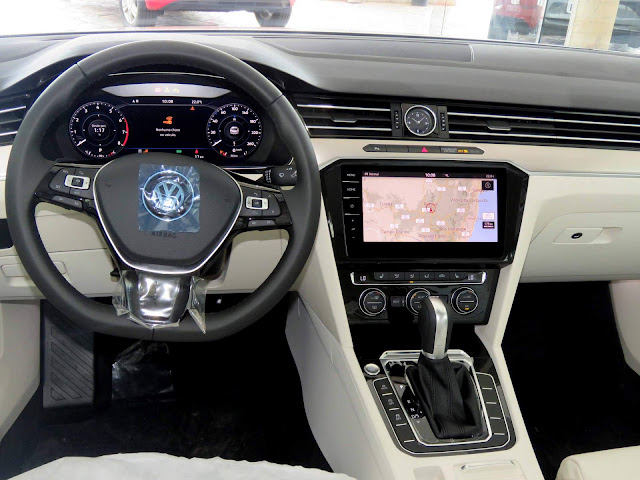 VW Passat 2018 - interior