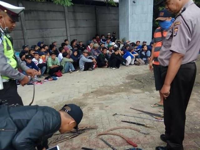 Bawa Sajam, Ratusan Pelajar SMK Diamankan Polisi