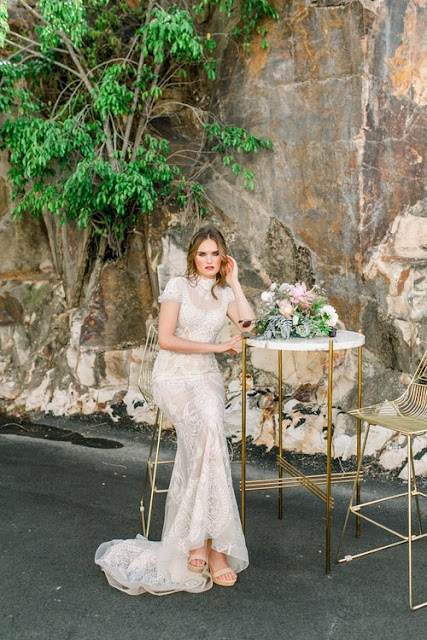 CHIC WAREHOUSE WEDDING VENUE WOOLLOONGABBA PHOTOGRAPHY CATERING KATE ROBINSON PHOTOGRAPHER