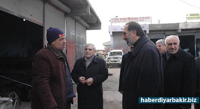 DİYARBAKIR-HÜDA PAR Genel Başkan Yardımcısı Hüseyin Yılmaz ile beraberindeki heyet, bir dizi temaslarda bulunmak üzere  geldikleri Çınar'da halkla bir araya gelerek sorunlarını dinledi.
