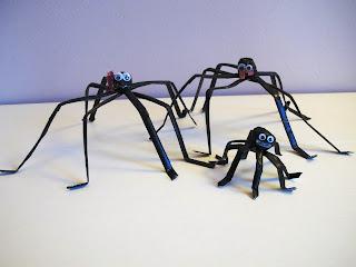 Lavoretto per Halloween: Famiglia di ragni