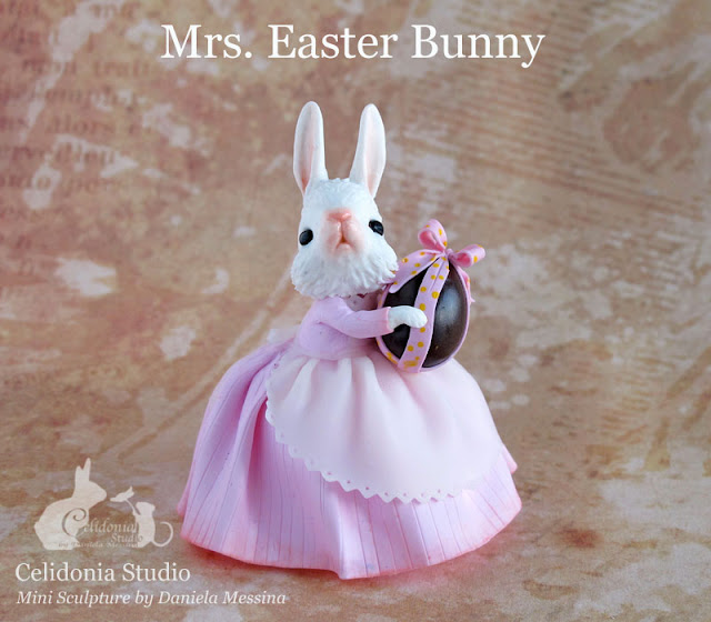 Mrs. Easter Bunny - La Coniglietta Pasquale - Polymer Clay Mini Sculpture