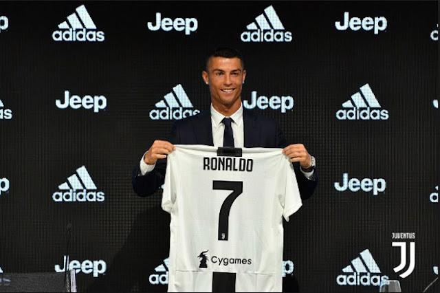 """Juventus đuổi Higuain vì Ronaldo: Ở lại Serie A xây """"đế chế"""" phục thù 2"""