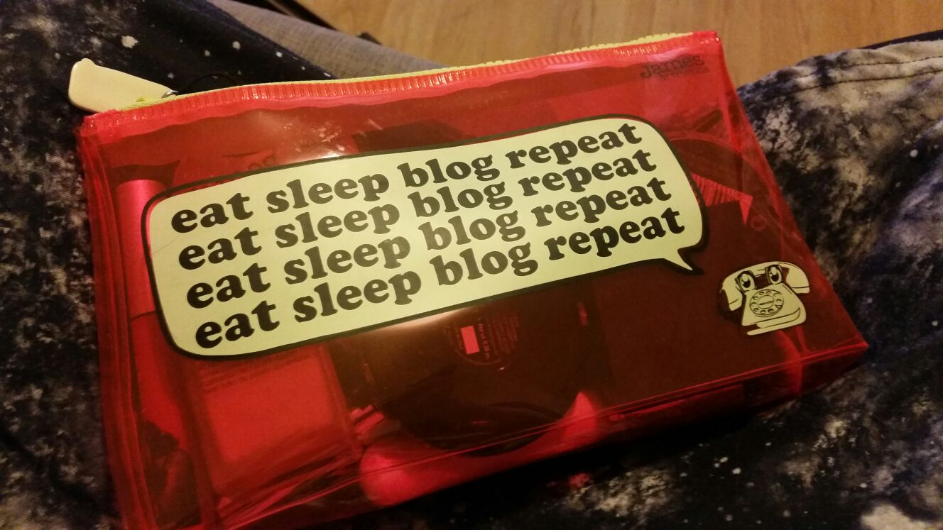 eat sleep blog repeat make up bag