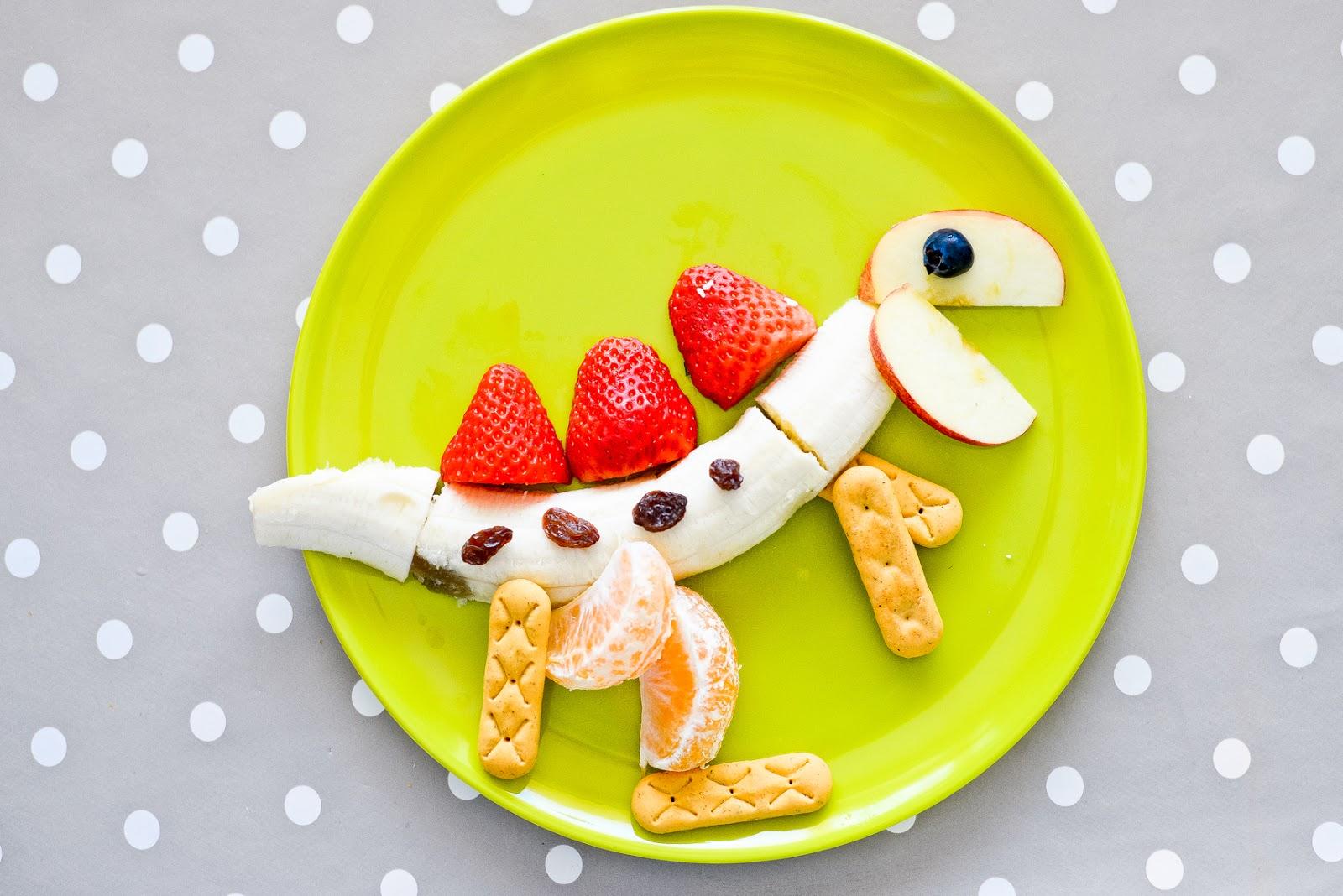 dinosaur snack idea, fun snack ideas for kids, toddler snack ideas, toddler snacks, healthy snacks for kids,