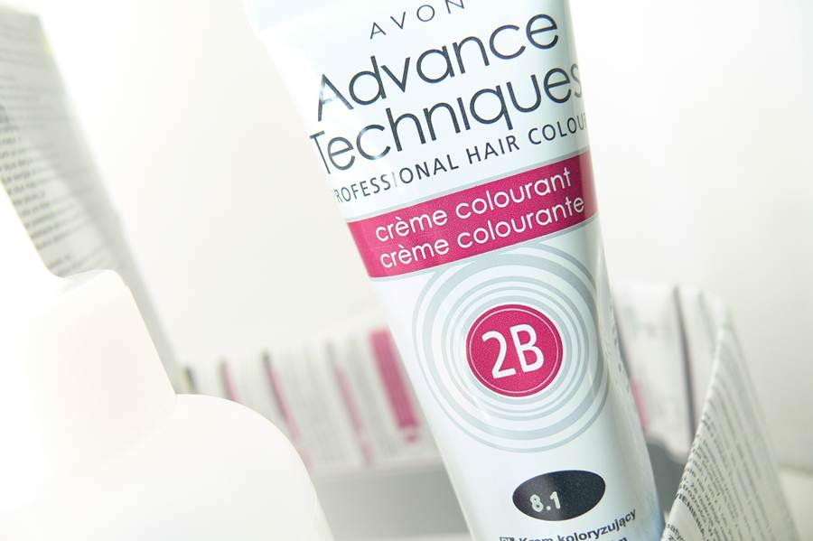 farba Avon Advance Techniques Średni Popielaty Blond 8.1 krem