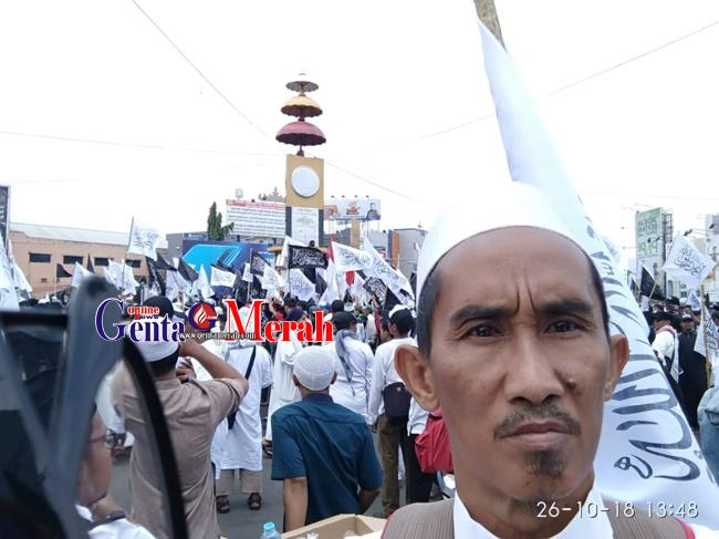 Ribuan Massa Bela Tauhid Menggelar Aksi di Sepanjang Tugu Adipura Balam