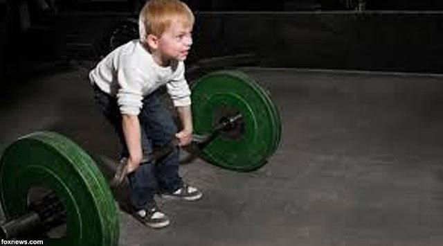 Berbahaya! Jangan Lakukan Latihan Angkat Beban Berat Setiap Hari